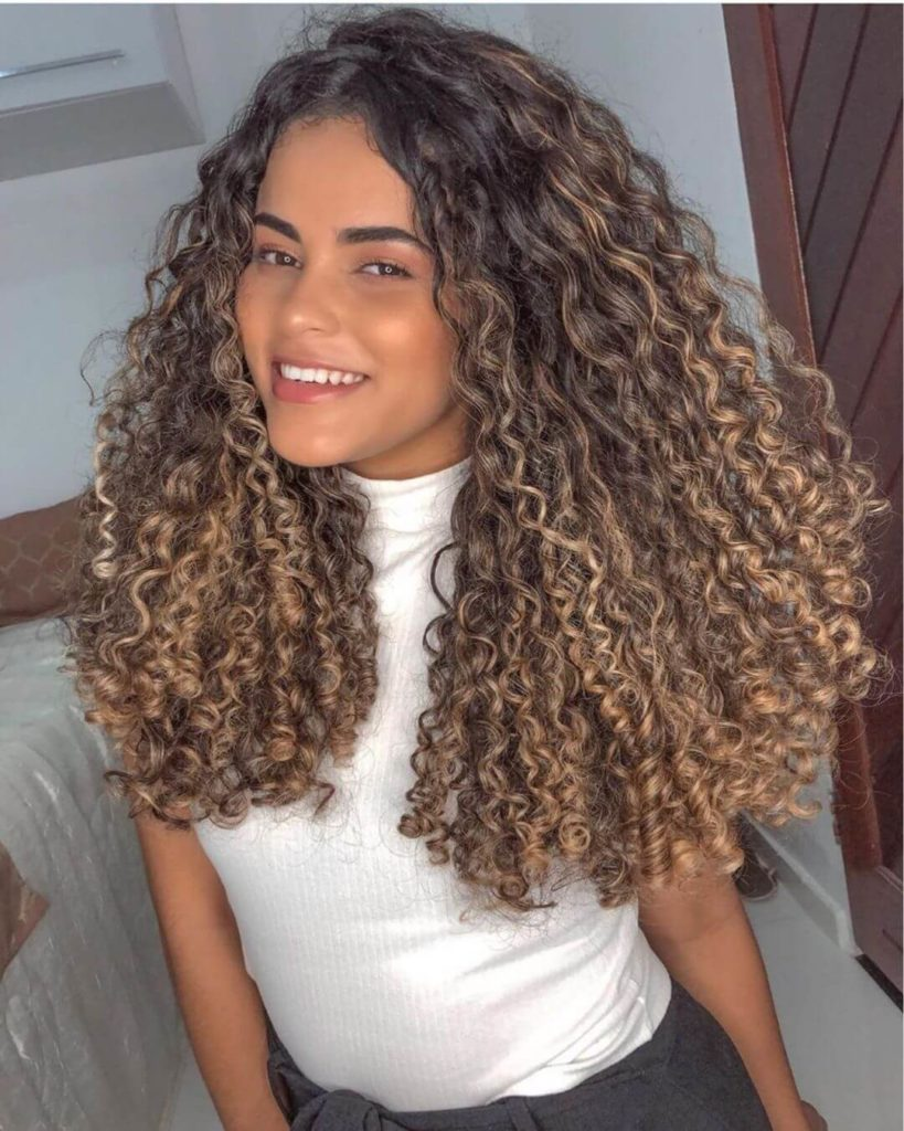 Cute curly hairstyles for teens
