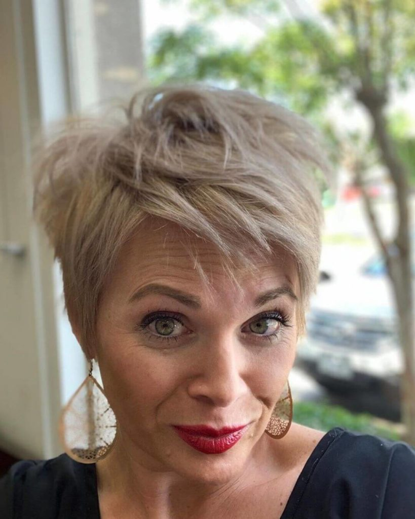Short Pixie Hairstyle For Women Over 40